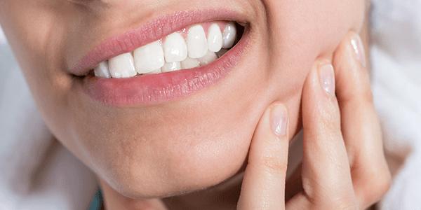 Zašto je karijes najveći neprijatelj vaših zubi?