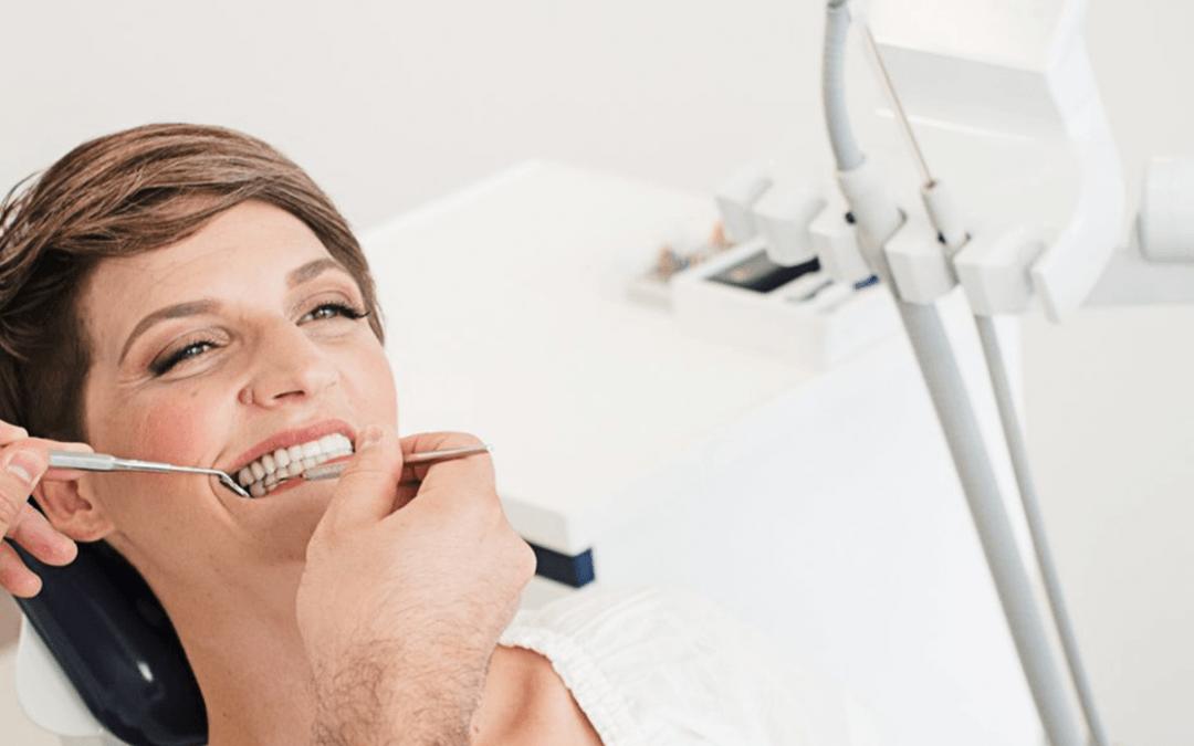 Što su zubni implantati i što morate znati o njima